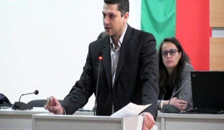 6 питания на съветници от левицата към кмета на Казанлък