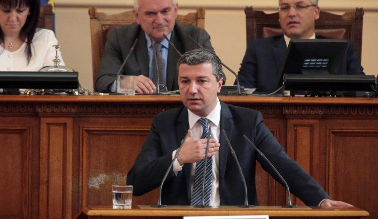Драгомир Стойнев: Хората очакват БСП за спре хаоса в държавата