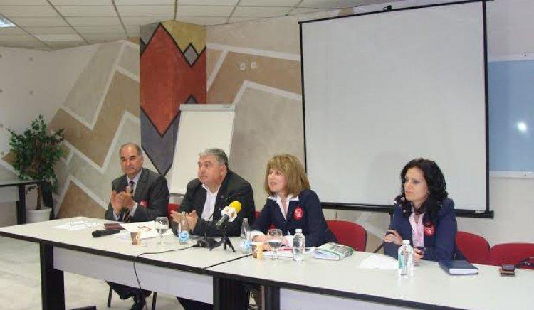 Евгени Кирилов: Нашето правителство работи добре, но ни трябва гръб в ЕП